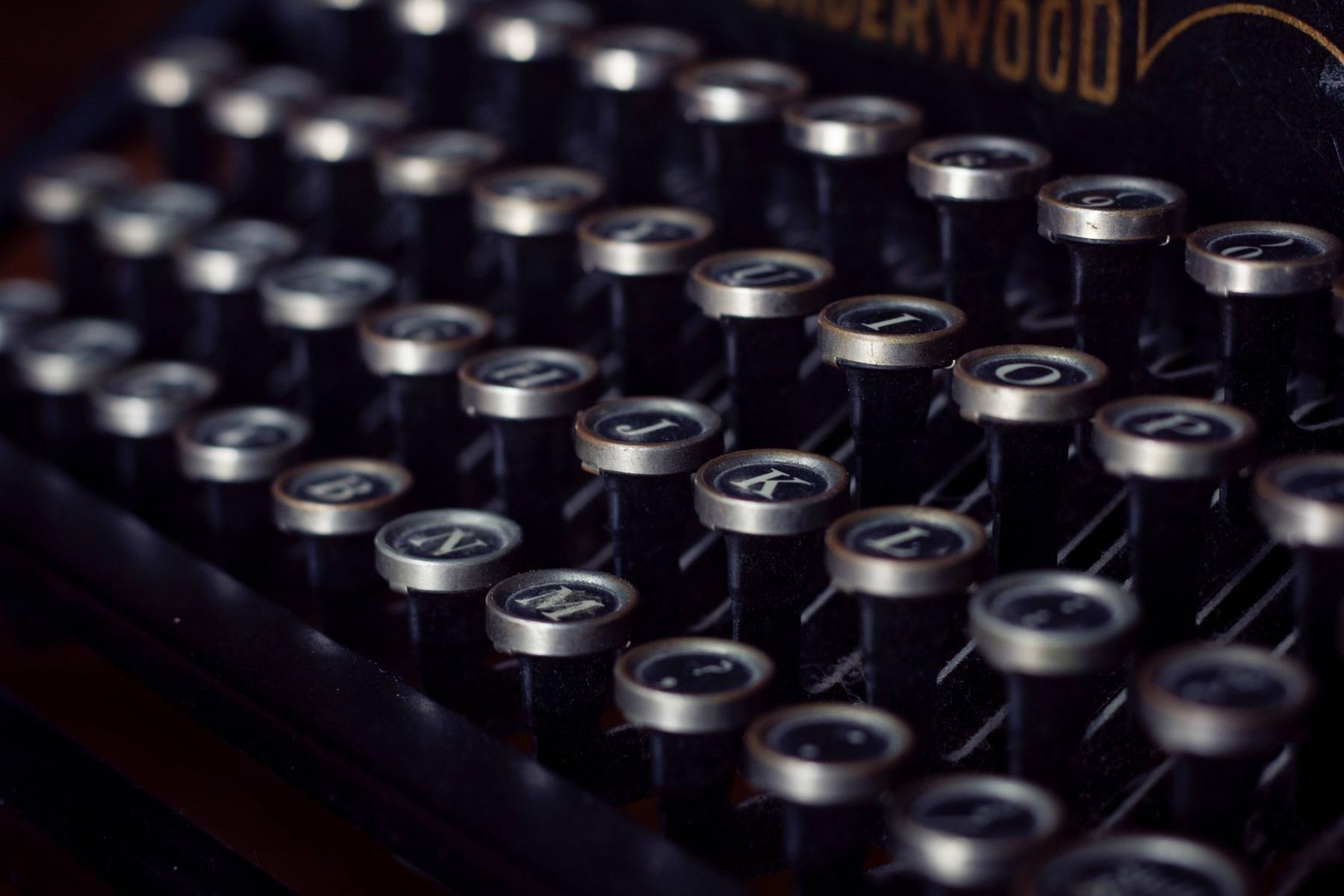 Angesagte Tastatur in Schreibmaschinen-Optik