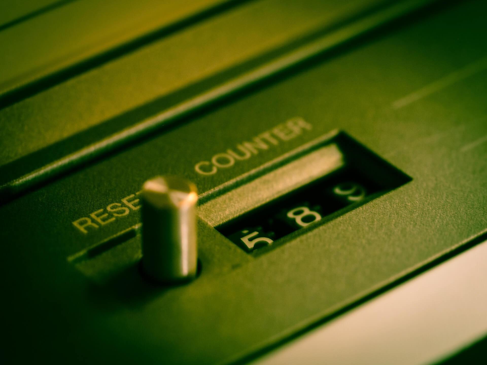 Beim Fritzbox Reset wird der Router komplett zurückgesetzt